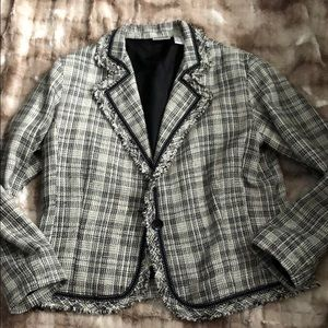 Chico's tweed blazer with fringe detail Sz 2 (12)